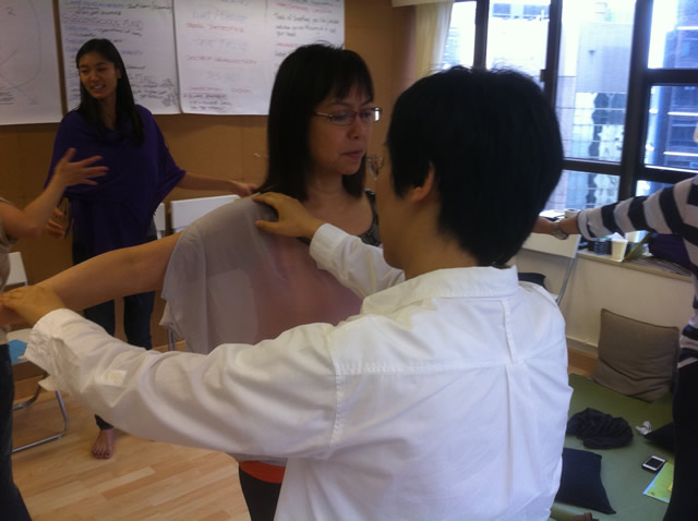 Muscle Testing at PSYCH-K Workshop